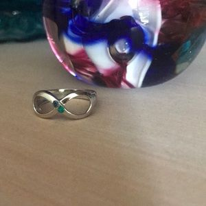 925 Sterling Infinity Ring Size 9